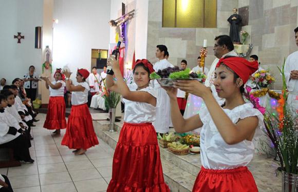 Misa de Gallo en Perú