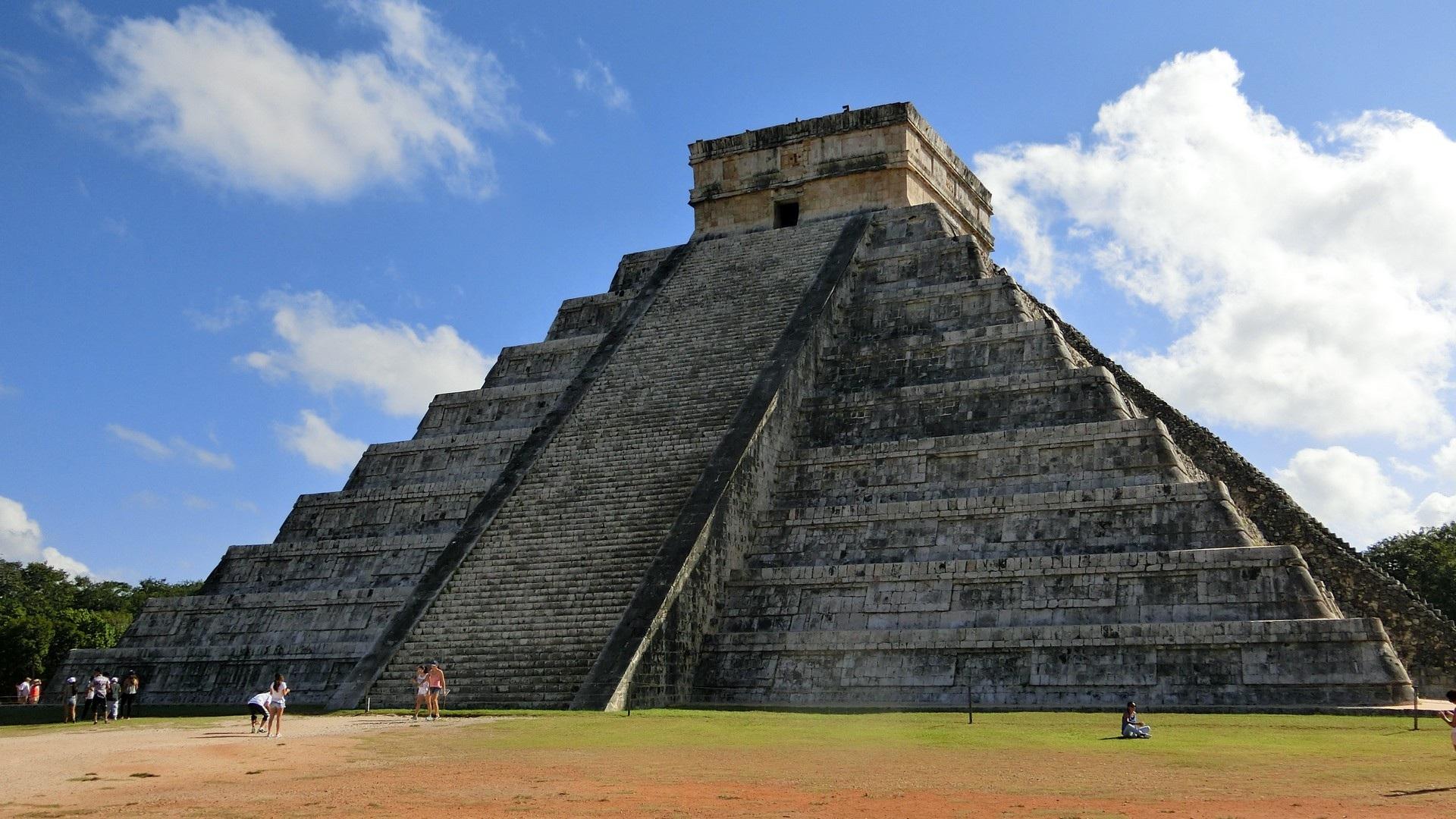 5 Pirámides Mayas En México